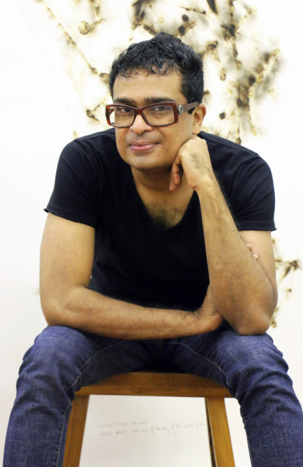 Jitish Kallat in his studio3
